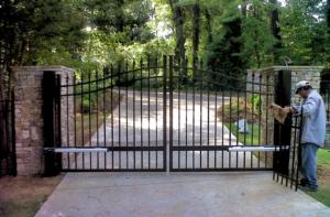 Gate Installation Suwanee, Fence Company Suwanee